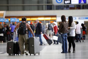 Coronavirus: inspections dans trois aéroports américains