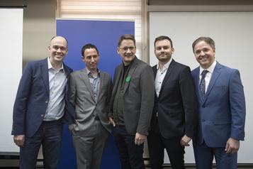 Le Parti québécois suspend sa course à la direction