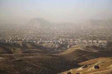 Une trêve ne suffit pas, les Afghans veulent une paix durable)