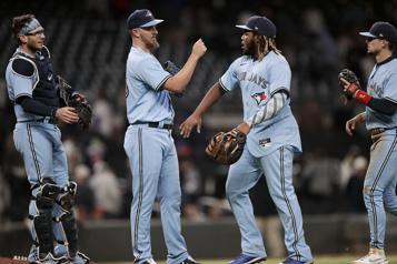 Victoire des Blue Jays4-1 contre les Braves d'Atlanta)