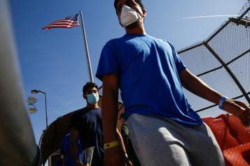 Washington renvoie en accéléré des migrants vers l'Amérique centrale)