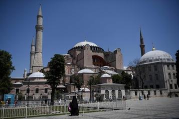 Le pape «très affligé» par la conversion de Sainte-Sophie en mosquée )