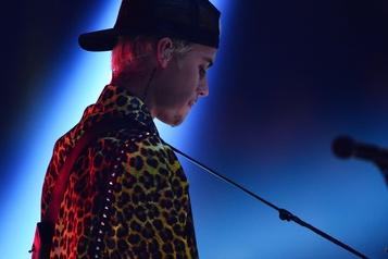 Justin Bieber diffuse une introspection sur son passé