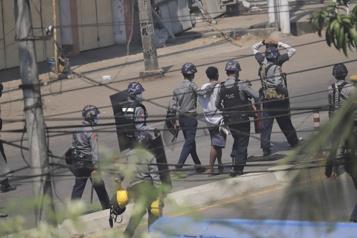 Birmanie Nouvelles manifestations alors que le Conseil de sécurité demeure divisé)
