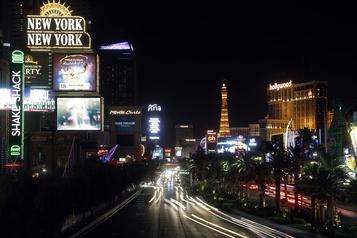 Las Vegas parie gros sur l'auto électrique