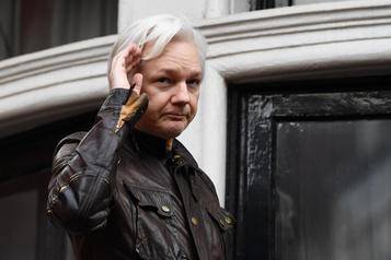 Assange loin d'être tiré d'affaire