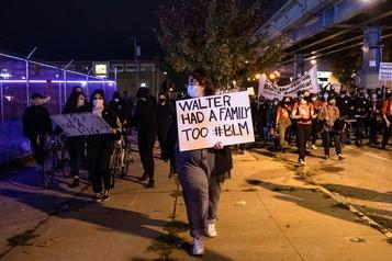 Homme abattu par la police Couvre-feu décrété à Philadelphie, à 6jours de la présidentielle)