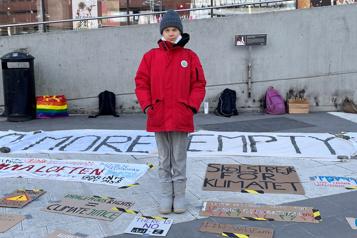 Greta Thunberg ne se rendra pas à la COP26 à cause des accès inégaux aux vaccins)