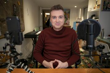 Arnaud Soly dans une émission à Noovo)