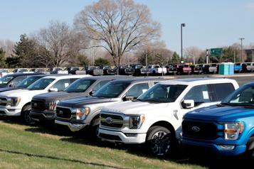 Pénurie de semi-conducteurs Ford s'attend ??à perdre environ 50?% de sa production prévue au 2e?trimestre??)