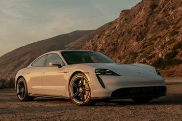 Porsche Taycan Impressionnant virage électrique)