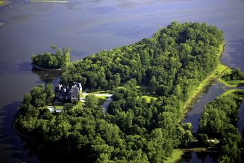 Des organismes réclament la protection de l'île Gagnon à Laval)