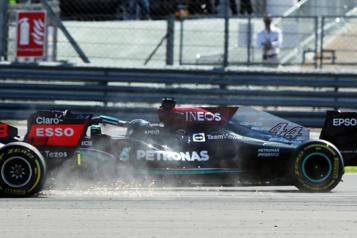 Formule 1 L'accident de Verstappen a coûté 1,8million de dollars à Red Bull)
