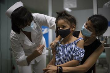 Cuba ne rouvrira pas ses écoles avant d'avoir vacciné les enfants)