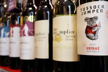 Conflit avec Pékin Les États-Unis et Taïwan expriment leur soutien au secteur viticole australien)