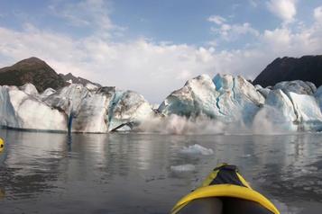 Des kayakistes l'ont échappé belle en Alaska
