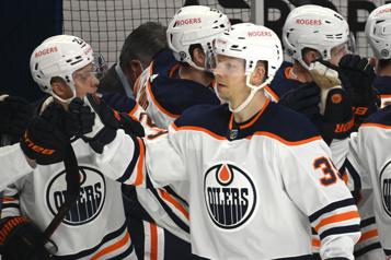 Canucks de Vancouver Un essai professionnel pour Alex Chiasson)