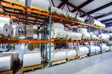 Les usines de sacs de plastique sont débordées