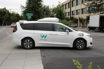 UPS va acheter des véhicules électriques et développer les voitures autonomes)