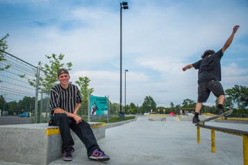 Mesures sanitaires au skatepark de Saint-Jérôme «Avec le skate, on est censé être libre» )