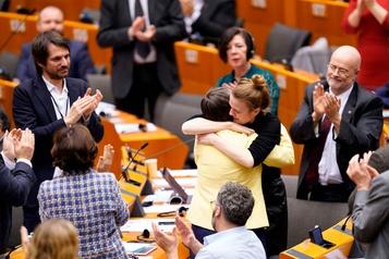 «Vous allez nous manquer»: le Parlement européen vote pour parachever le Brexit