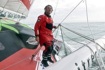 Le Français Yannick Bestaven vainqueur du Vendée Globe2020)