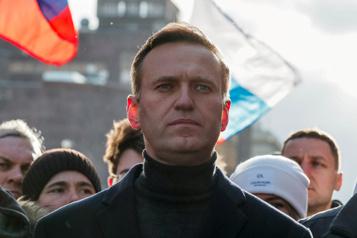 La menace de prison visant Alexeï Navalny à son retour en Russie se précise)