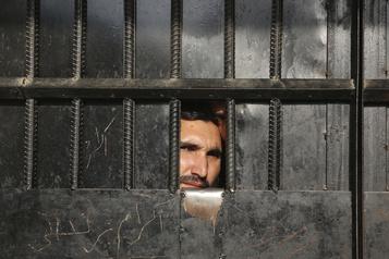 Les talibans prêts à négocier dans la semaine suivant la libération de 400prisonniers)