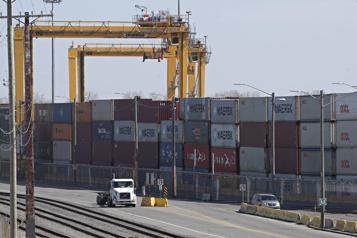 Grève générale illimitée au port de Montréal Le syndicat y renoncera si l'employeur retire l'horaire à quarts )