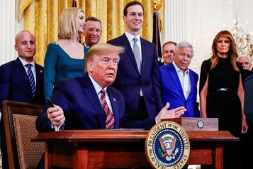 Trump signe un décret controversé sur l'antisémitisme