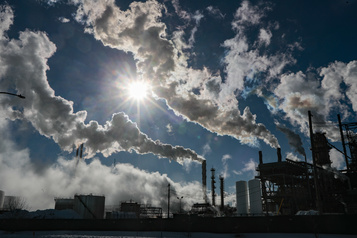 De nouvelles stations pour mesurer la qualité de l'air dans l'est de l'île )