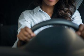 Location de véhicules: de la discrimination envers les jeunes, dénonce Option consommateurs