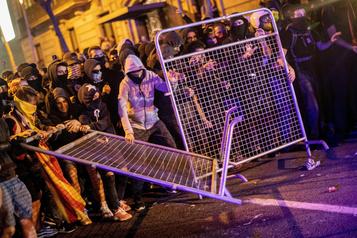 Scènes de guérilla urbaine àBarcelone