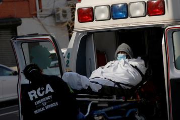 Coronavirus: les États-Unis dépassent les 100000 cas officiellement déclarés