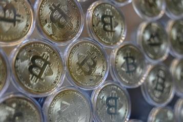 Le bitcoin perd 6% après l'interdiction de transactions en cryptomonnaies en Chine)
