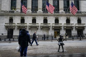 Wall Street inverse la tendance et termine en forte hausse)