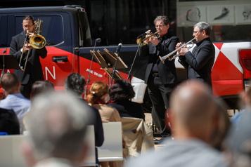 Un « retour à la maison » pour l'orchestre philharmonique de New York )