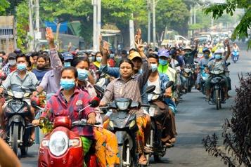 Birmanie L'ambassadeur à Londres évincé, les affrontements meurtriers continuent)