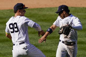 Les Yankees l'emportent 6-4 contre les Tigers)