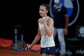 Karolina Pliskova rejoint Simona Halep en finale à Rome)