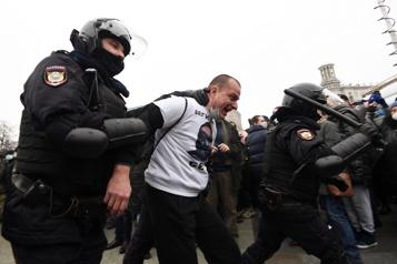 Rassemblements en soutien à Alexeï Navalny Ottawa appelle la Russie à libérer les manifestants détenus)