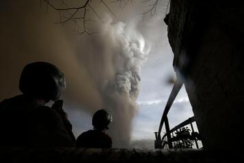 Philippines: risque d'éruption d'un volcan, évacuations et vols annulés
