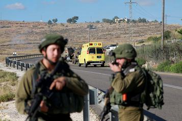 Tentative d'attaque contre des soldats israéliens, l'assaillant palestinien tué)