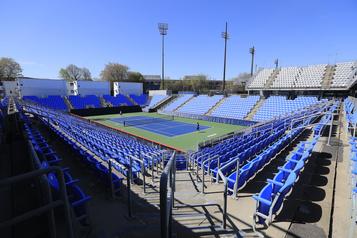 40 ans de tennis québécois: une importante structure)