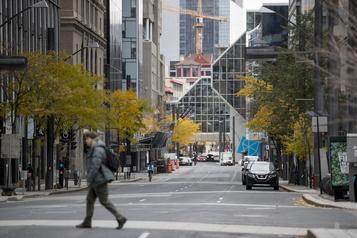 Centre-ville de Montréal «Onva les remplir, les bureauxvacants» )