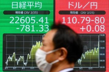 La Bourse de Tokyo chute de 3.3 %, moindres dégâts sur les places de Chine