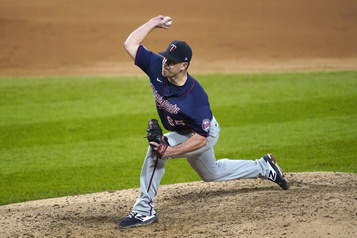 Les Mets embauchent le releveur Trevor May)