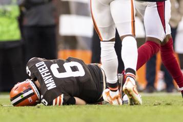 Browns Baker Mayfield ratera le match contre les Broncos