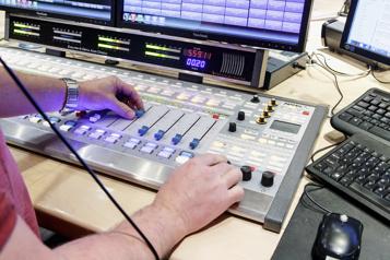 Radios commerciales Plaidoyer pour la parité)