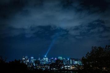 Quand Montréal aattrapé laCOVID-19)